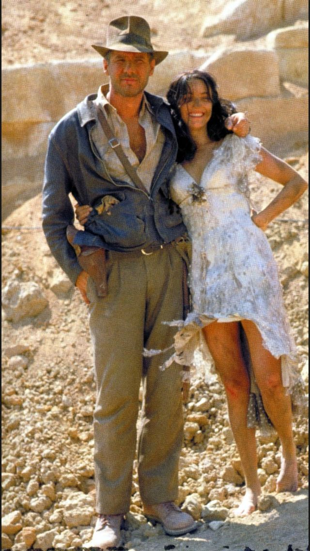 Raiders Behind The Scenes Photo With Images Indiana Jones