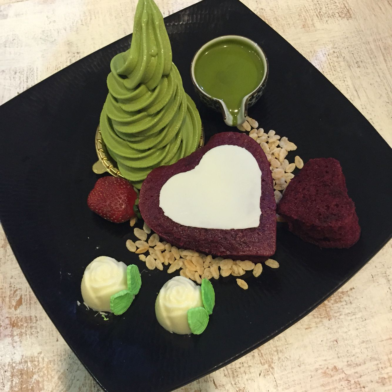come and try their unique and cute dessert at Shirayuki