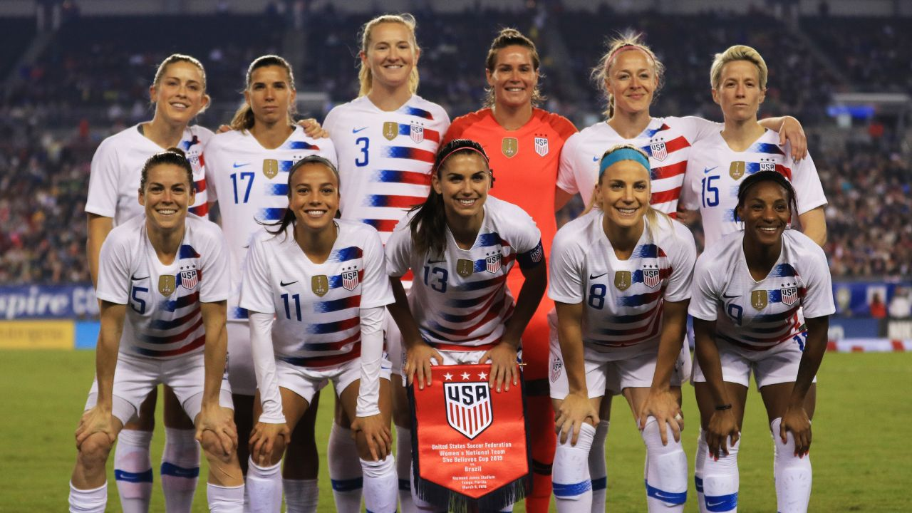 Us Women S World Cup Soccer Team Looks To Repeat 2015 Victory Women S Soccer Team Womens Soccer Women S Soccer