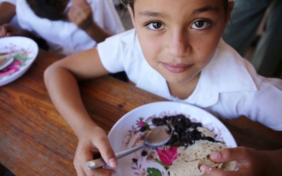 In Nicaragua, more than half of school feeding beneficiaries are girls. With an education and nutritious food, young girls are more likely to grow healthy and be better students. (Photo: Sabrina Quezada, 5 March 2015)