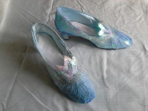 Queen Elsa cosplay Mid Heel court shoes UK size 7 by Artytypes £35.00 & Queen Elsa cosplay Mid Heel court shoes UK size 7 by Artytypes ...