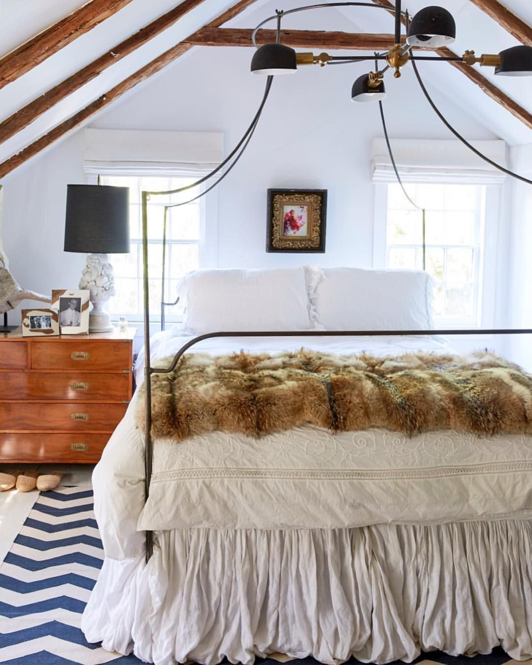 The perfect mix of cozy, rustic, and modern make this ...