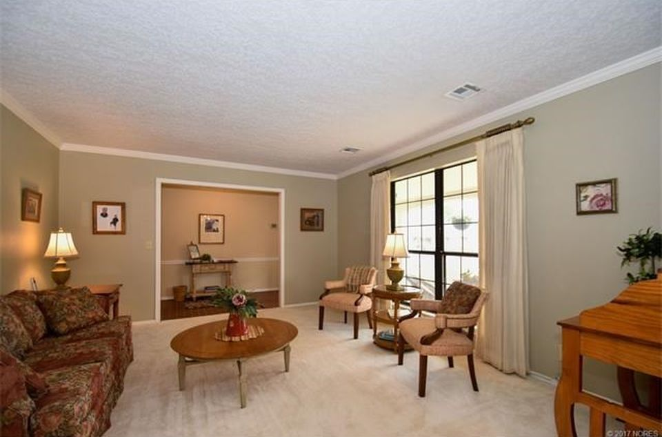 OLD Living Room With Southern Exposure 67 BM Sag Harbor Gray