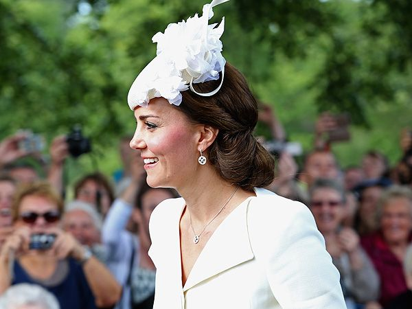 Princess Kate's Christening Jewelry (and Her $46 Fair Trade Re-Wear!): All the Exclusive Details http://stylenews.peoplestylewatch.com/2015/07/09/kate-middleton-earrings-at-charlottes-christening/