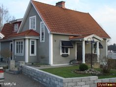 Gray House With Light Red Asphalt Shingles Google Search