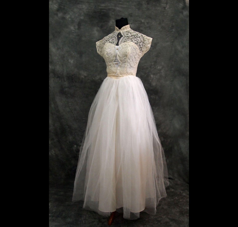 Ivory Lace Vintage Wedding Dress xs 40s by TheTrousseau on Etsy | oh ...