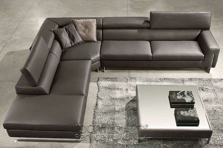 Bellevue Corner Sectional Sofa With Peninsula Leather Couch