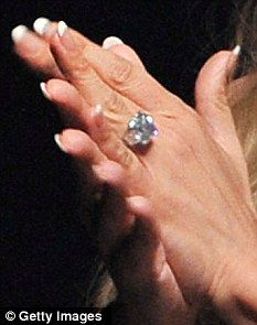 Few Years After Getting A Pink Diamond Engagement Ring By Ben Affleck Jennifer Lopez Got