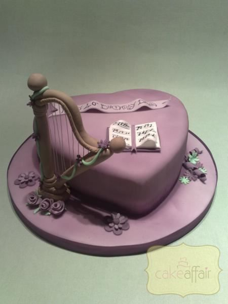 LC71 - Harp and music sheets   Cake Designers in 2019   Music cakes ...
