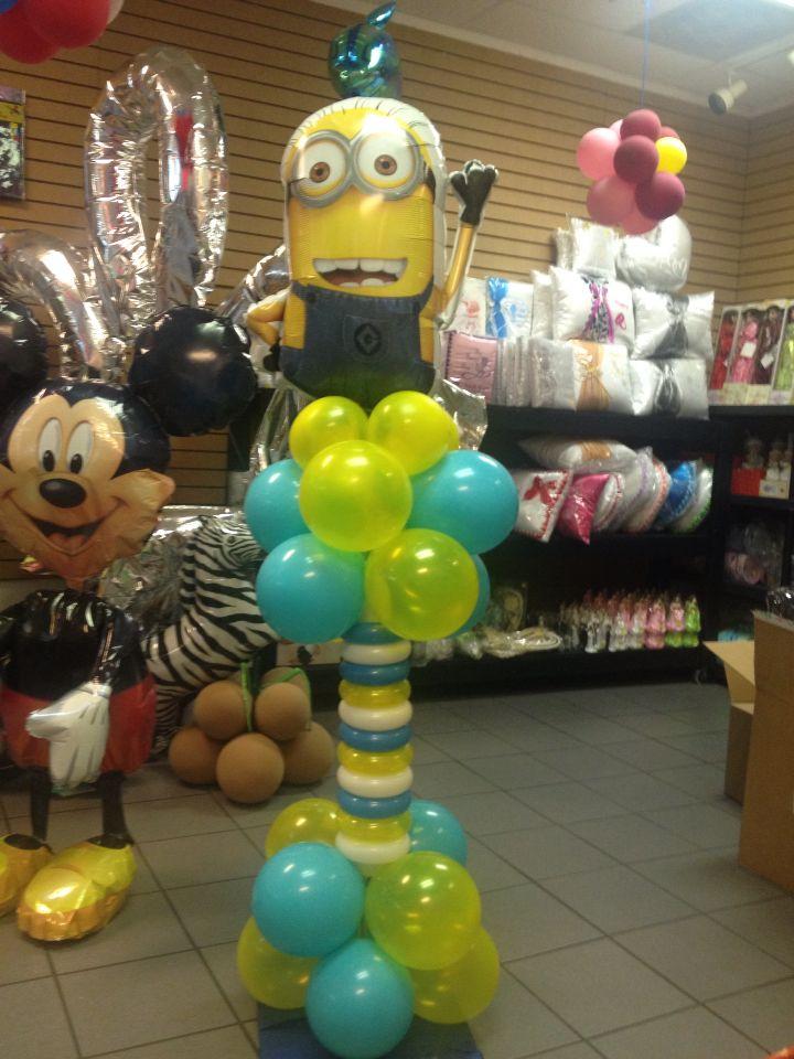 Minions balloon column