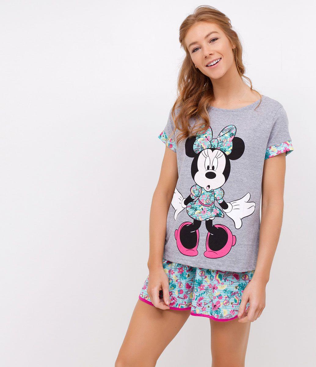 9e683140d Short Doll feminino Manga curta Marca: Disney Short estampado Modelo veste  tamanho:P Medidas da modelo: Altura: 1,73 Busto: 78 Cintura: 61 Quadril: 89  ...