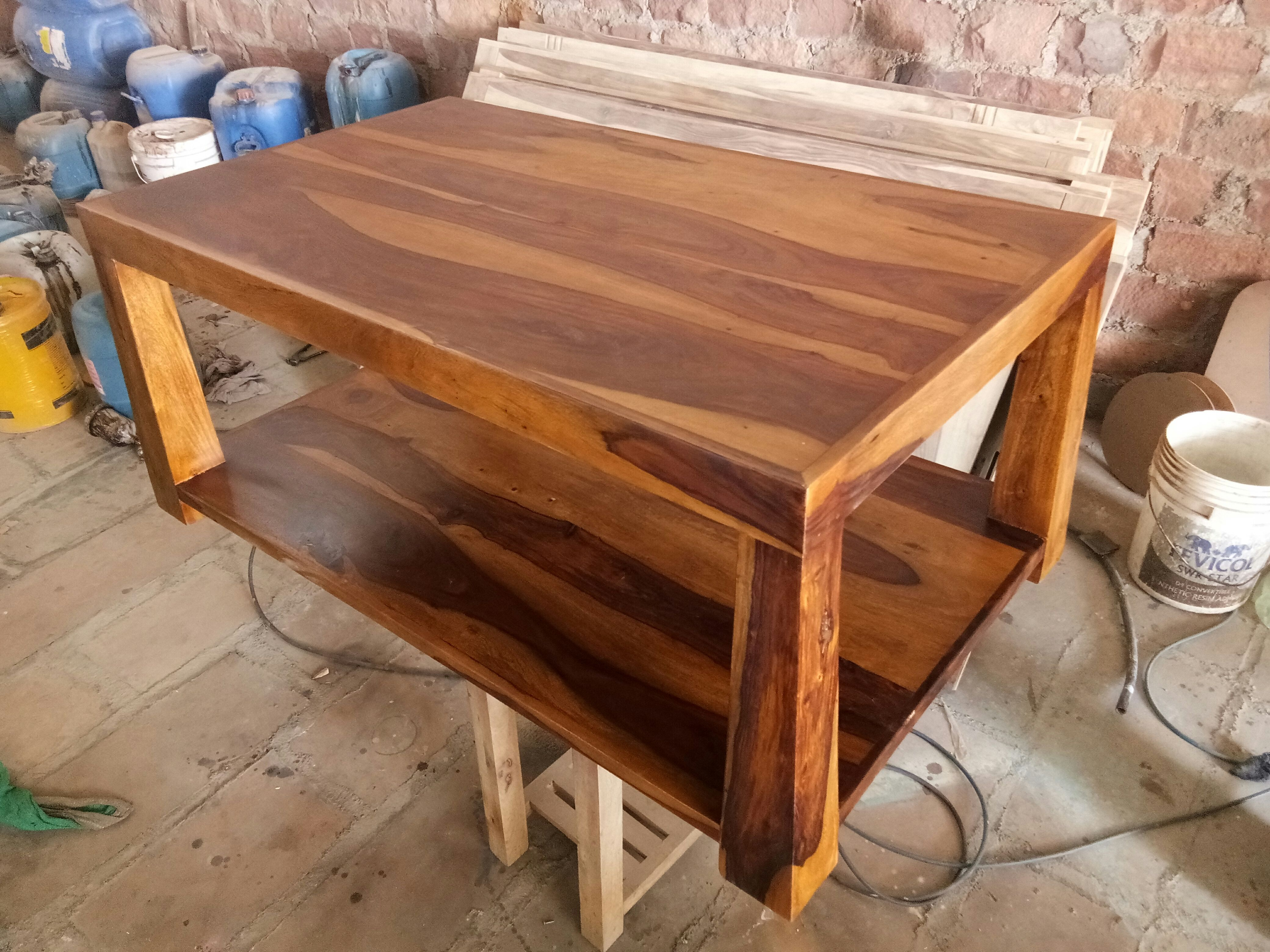 Solid Wooden Coffee Table Made Of Sheesham Wood With Teak Finish Solidwood Furniture Te Reclaimed Wood Coffee Table Coffee Table Rectangle Coffee Table Wood