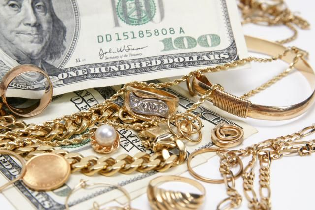 3 tricks to determine if your jewelry is worth money for Antique jewelry worth money