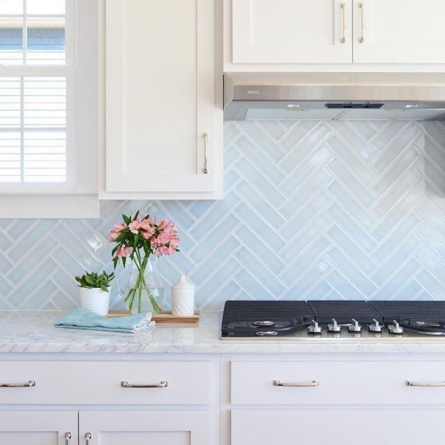 29 Top Kitchen Splashback Ideas for Your Dream Home #kitchensplashbacks