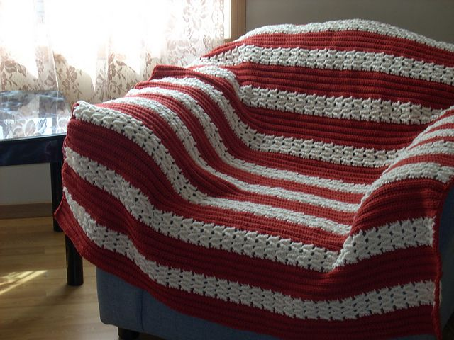 Herringbone Afghan To Crochet Pattern By Bernat Design