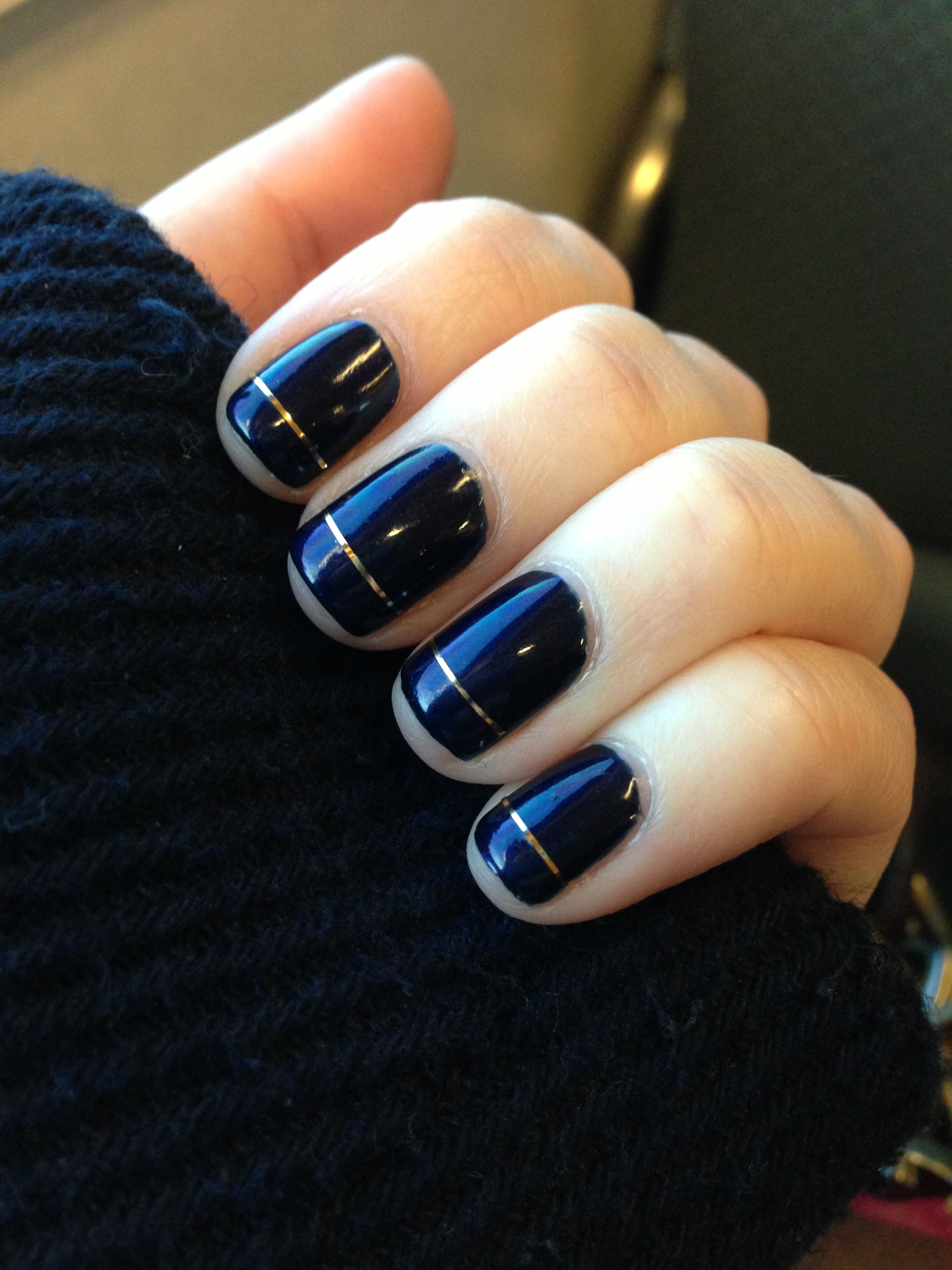 Navy and gold nails #kendrascott #teamKS | Mani/Pedi | Pinterest ...