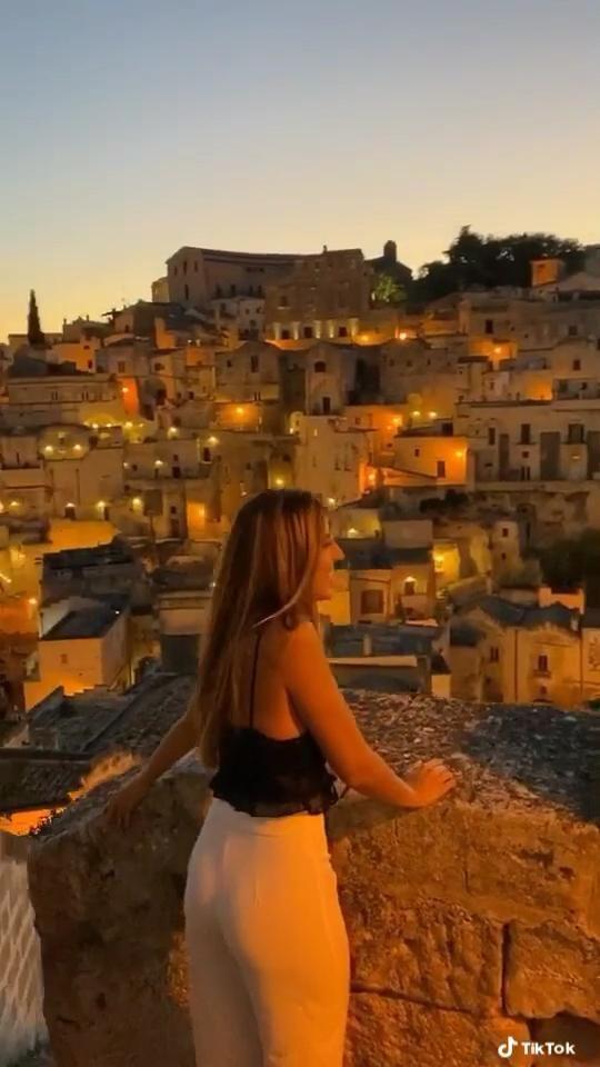 #matera #italy #postcovidtravel #visititaly #travelbucketlist #travelblogger #traveltips