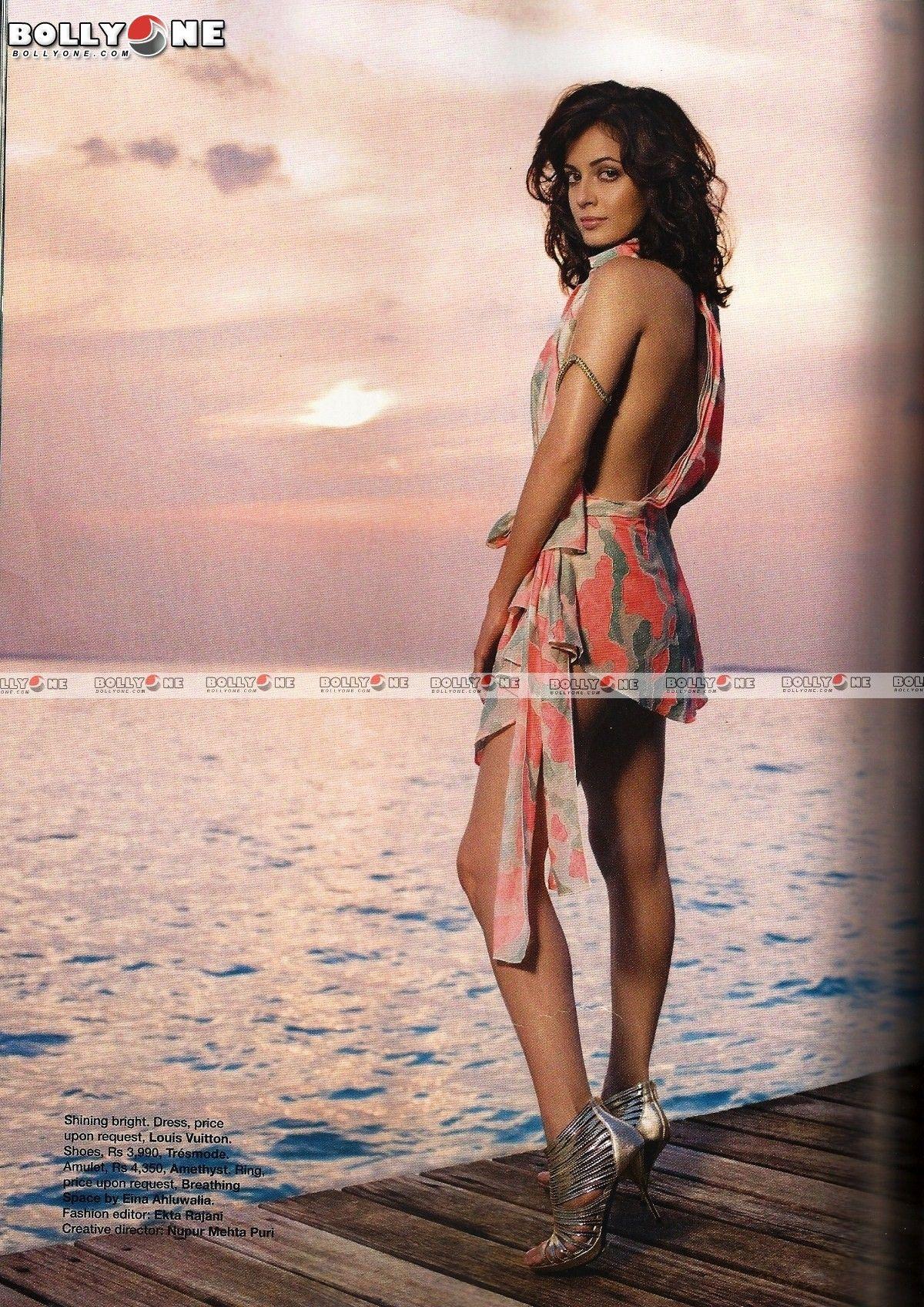 Diya Mirza Bikini