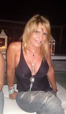 Mature female dating