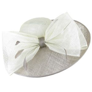 Chic derby hat