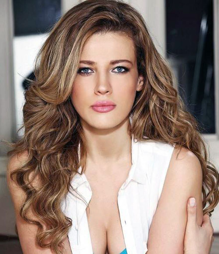 dark hair with light highlights style light highlights in brown hair pictures fashion - Hair Color Highlights Styles