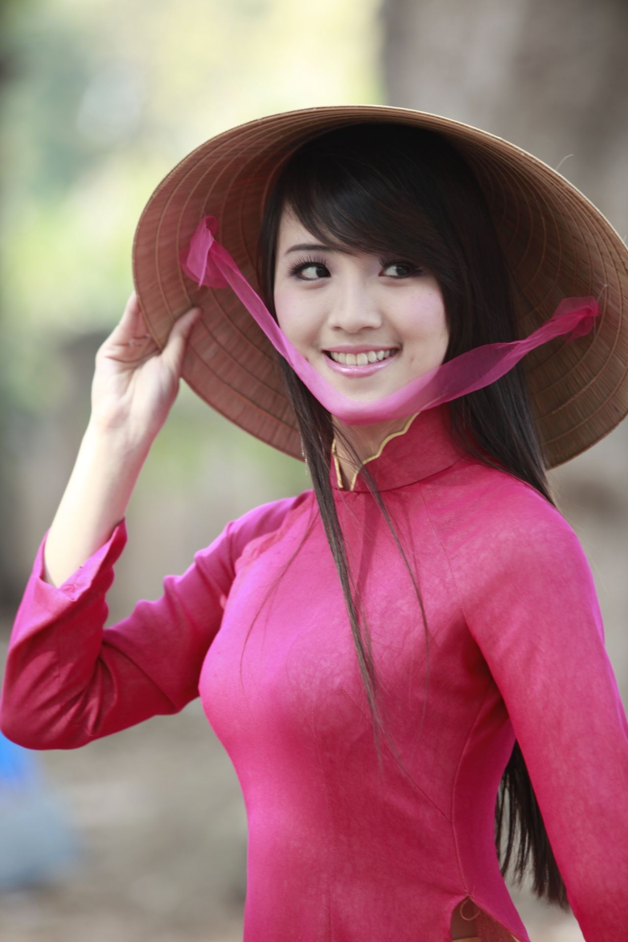 pine asian dating website There is something incredibly alluring about dating an asian and when you join a free asian dating site today, you have so many options.
