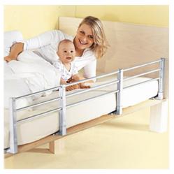 Barrera de Cama Extensible 140 cm. Barrera cama de seguridad para niños quitamiedos extensible. Regulable entre 80 y 140 cm. de largo. Dos posibilidades de altura 32 o 42 cm. Certificada para usar a partir de 18 meses. Se puede extraer verticalmente dejando los soportes instalados