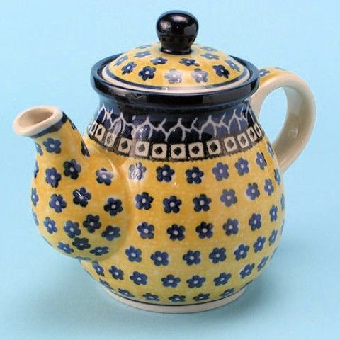 CA119-859 Sunburst - Teapot (2.5 cups) Hand painted Polish Pottery is safe for use in the oven, microwave and dishwasher