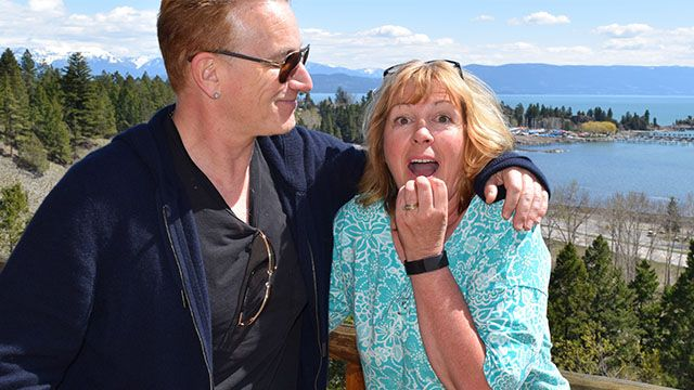 This bed and breakfast owner was very happy to meet Bono
