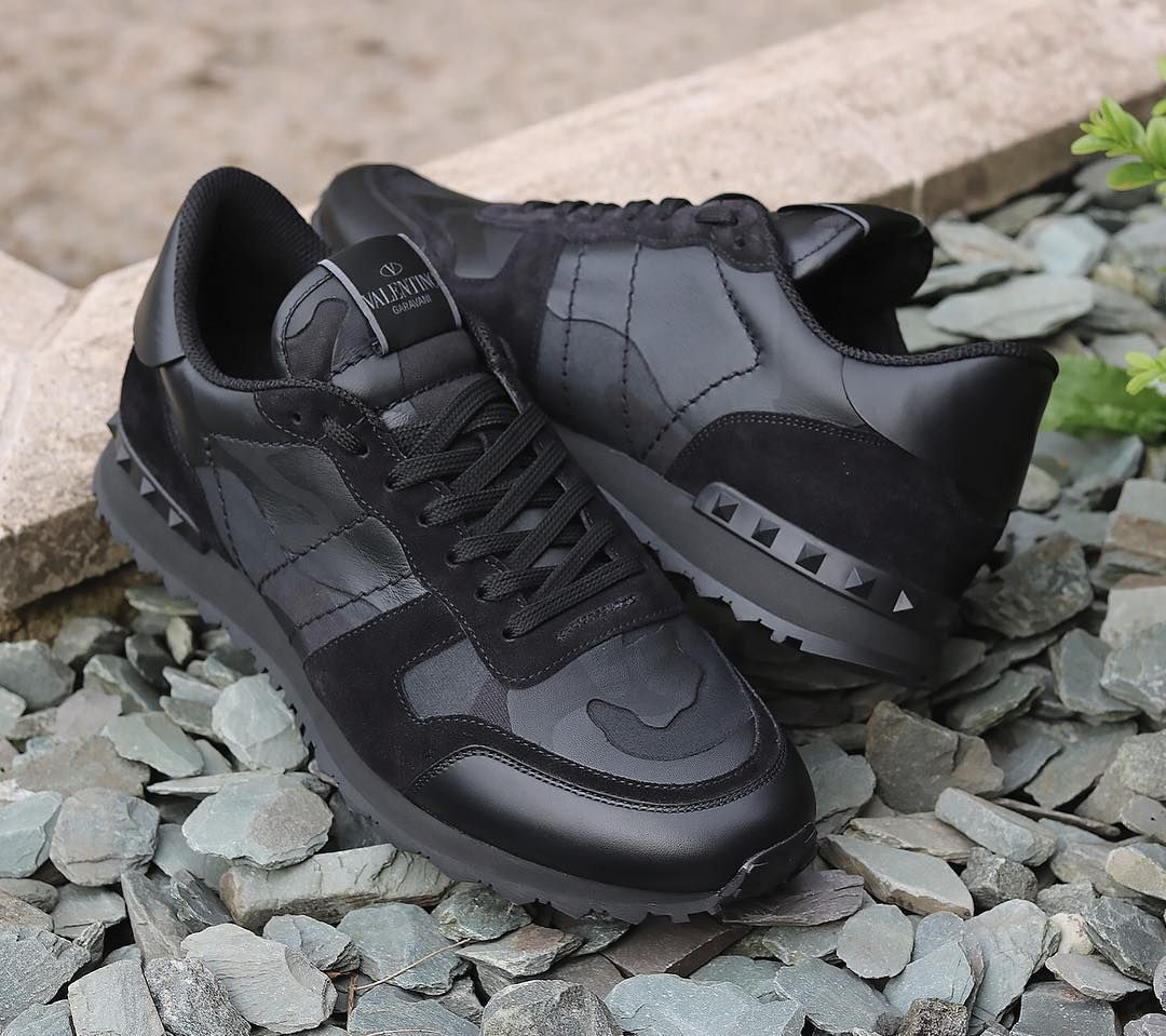 ca455161157d Valentino Garavani Rockrunner Sneaker