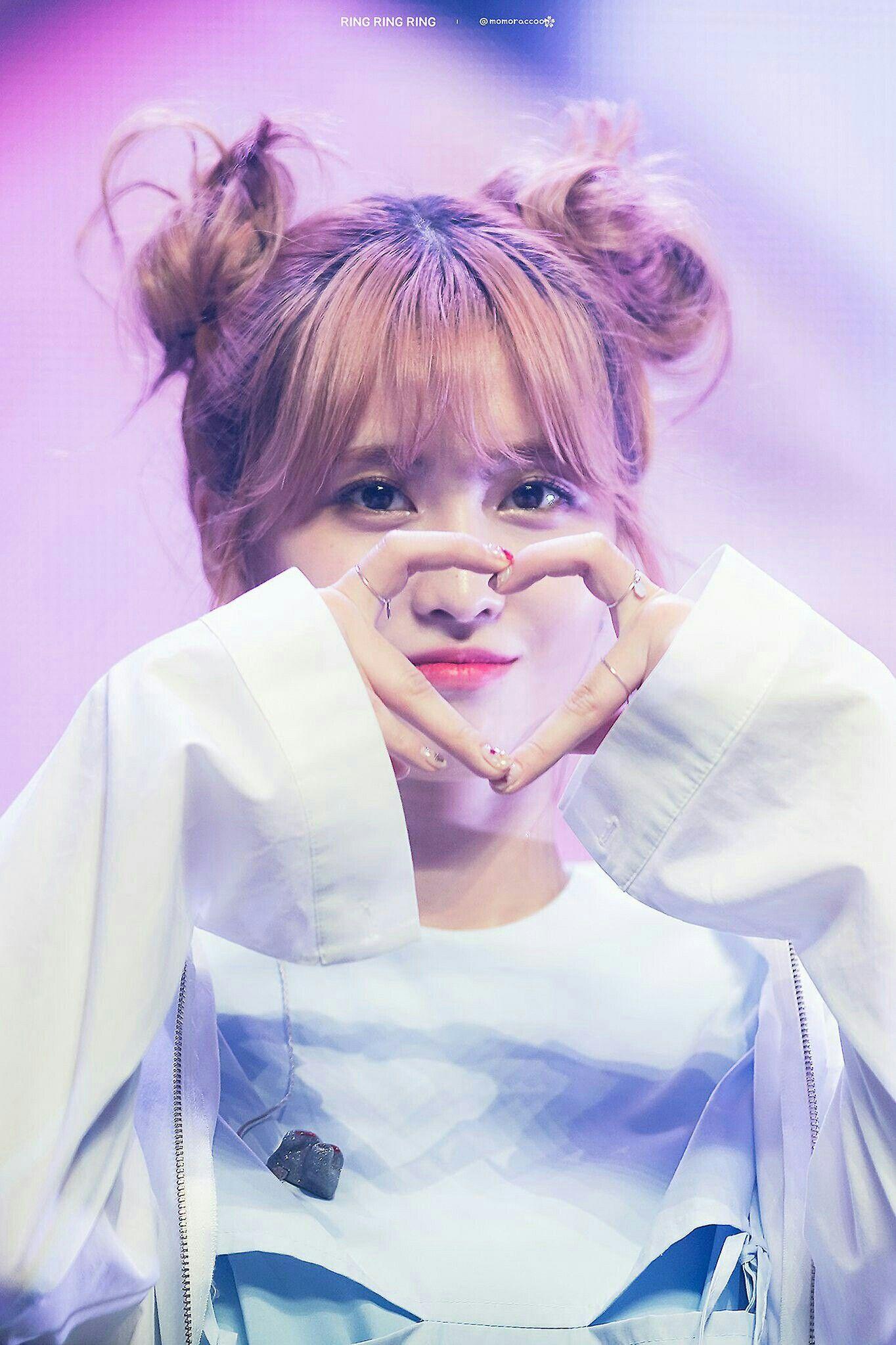 Momo Twice | 트와이스 | Kpop, Hirai momo, Nayeon