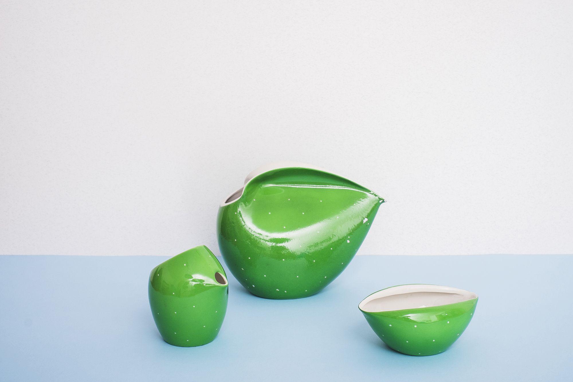 Dzbanek Mlecznik I Cukiernica Z Cmielowskiego Serwisu Dorota Lubomira Tomaszewskiego Fot Eliza Dunajska Max Zielinski Decorative Bowls Design Ceramics