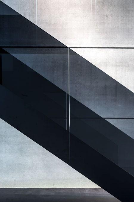 Best Knitgrandeur Sheer Opaque Interior Stairs Glass 400 x 300