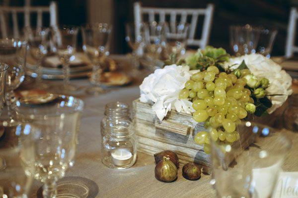 Matrimonio Country Chic Bologna : Un matrimonio country chic a tema vino cose da comprare table