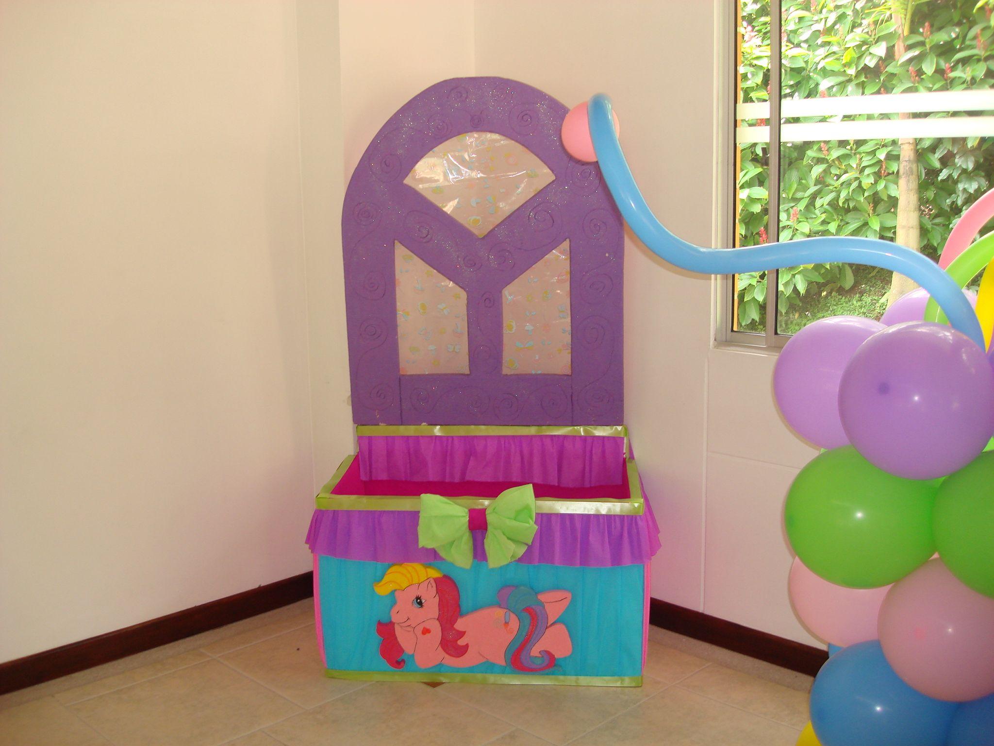caja de regalos my little pony mi pequeo pony fiestaideas lindo pony pinterest globos para fiestas decoracin con globos y fiestas infantiles