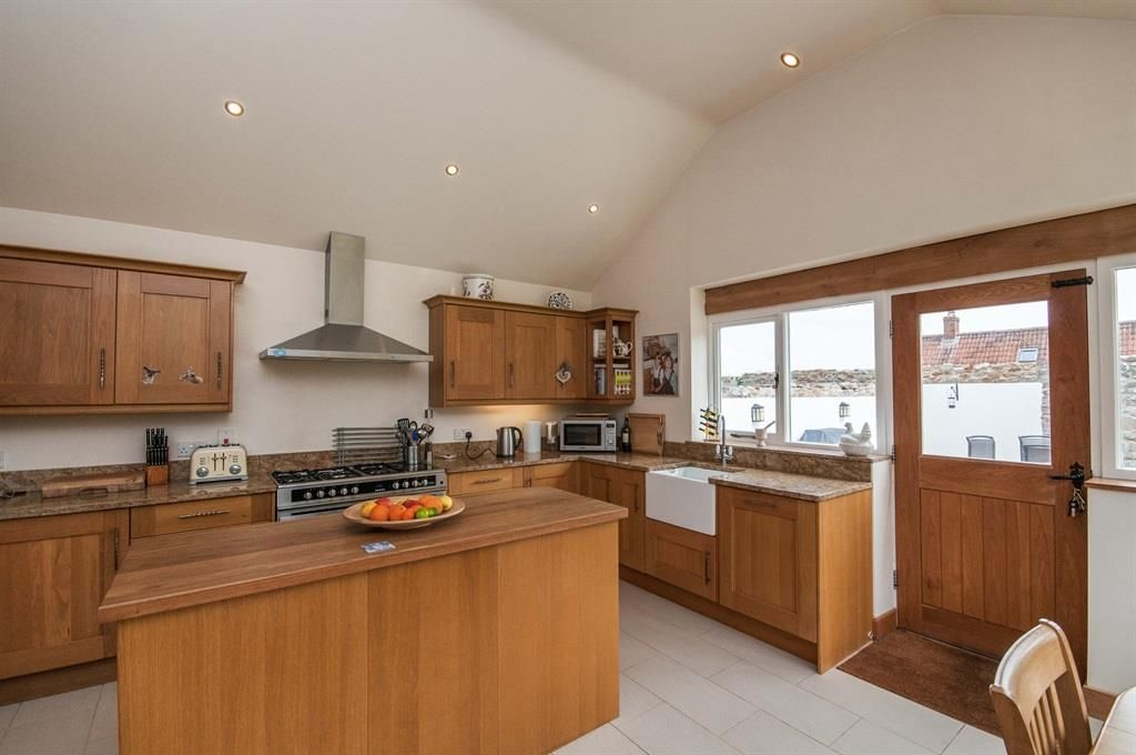 Lodge Lane, Axminster - 4 bedroom detached house - Fox & Sons