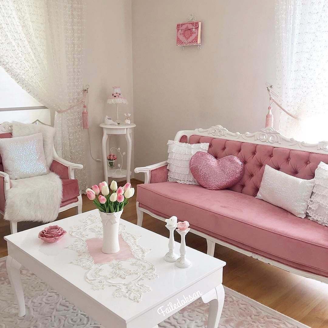 Cat Rumah Shabby - ruang tamu shab chic minimalis dengan warna cat pink dipadu 7f88c722c8a93fa7edf5c61585fdcd78