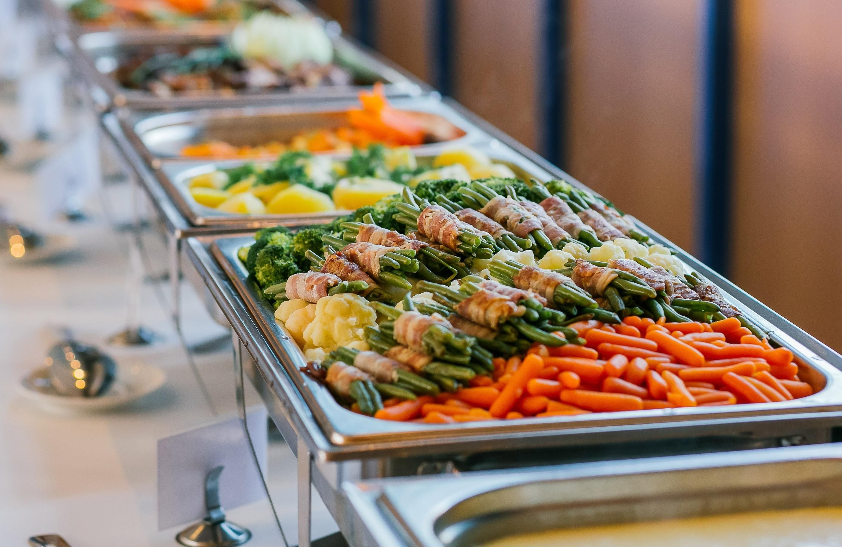 Cateringservices Will Be Working In Various Types They Provide A Corporatecateringservicesinchennai Where The Wedding Food Catering Wedding Buffet Food Food