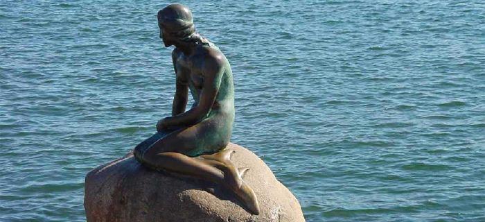 Famous.. little Mermaid!