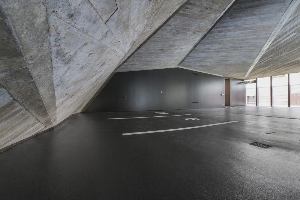 KCEV / Petr Hajek Architekti