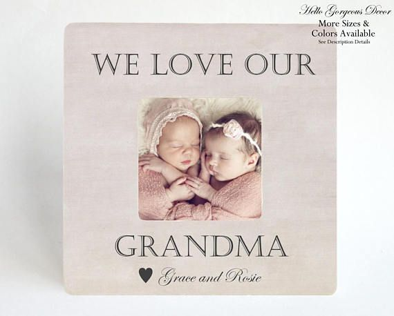 Grandma Gift Picture Frame Personalized Grandmother Gift from Baby / Kids Grandparents Day Gift We Love Our Grandma Customized Photo Frame #grandparentphoto