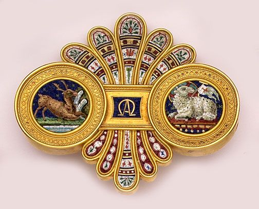 """Micro-mosaic and gold brooch representing the Old Testament,   the New Testament and """"eternity""""."""