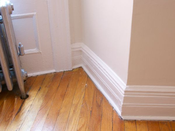 May 2010 Manhattan Nest Living Room Paint Simply White Restoring Old Houses