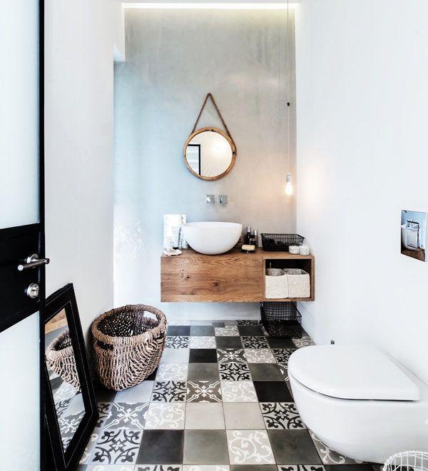 Bagno in legno, bianco e nero , bathroom crush 15