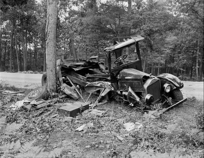 Des accidents de voiture à l'ancienne Vintage cars