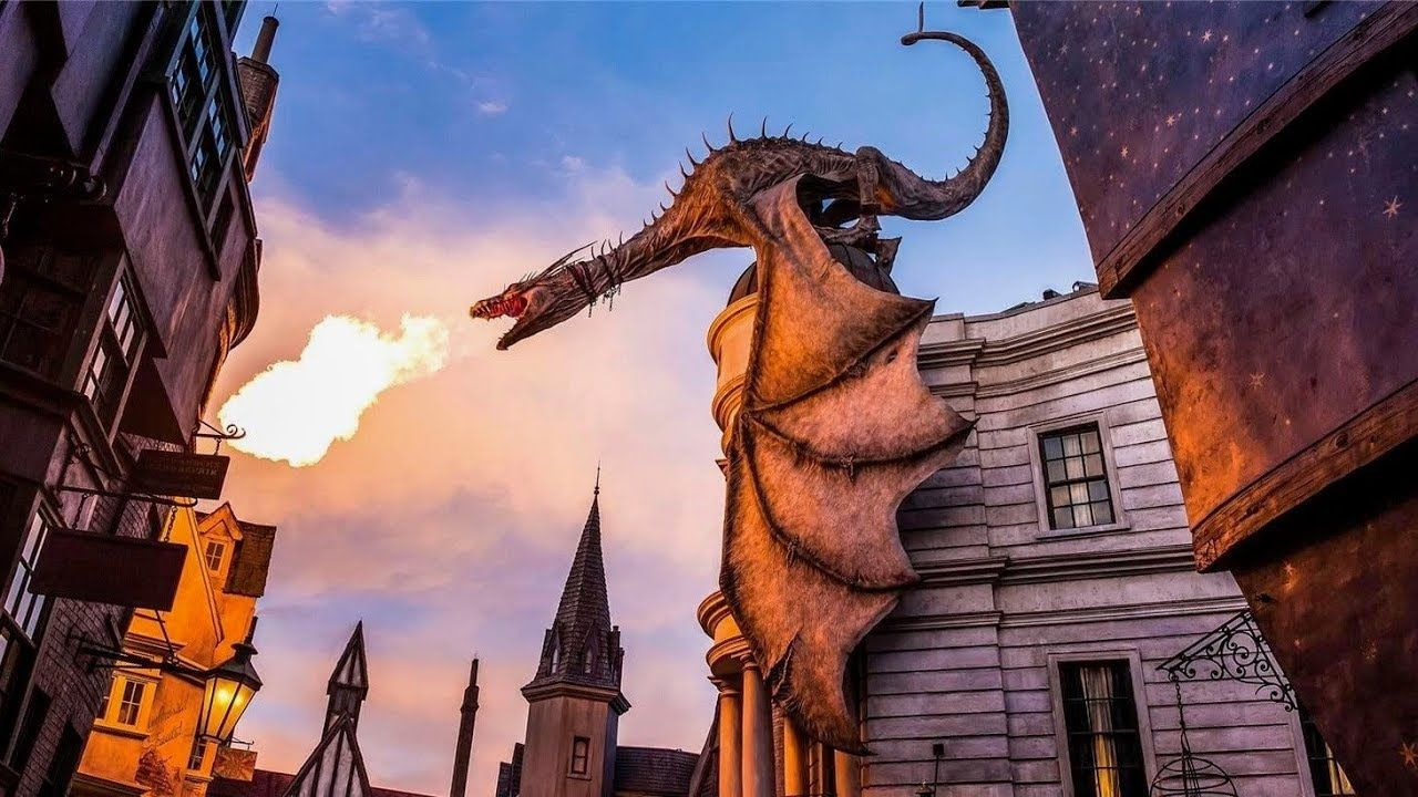 Harry Potter And The Escape From Gringotts Ride Full Experience Unive Island Of Adventure Orlando Universal Orlando Best Amusement Parks