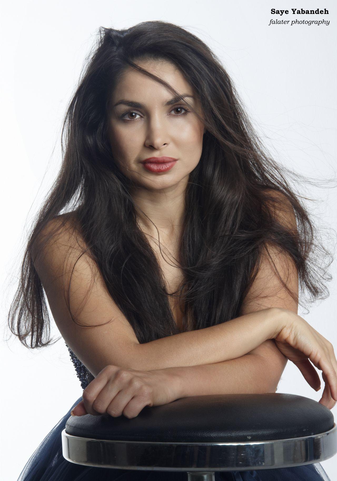 hot-beautiful-persian-women-asian-twinks-gang-bang