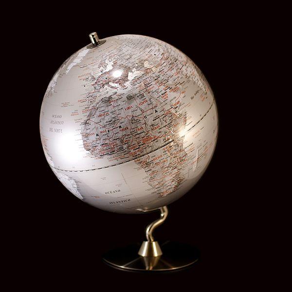 Bola del mundo plateada decoraci n alhambravip mundo globo terr queo y bolas - Bola del mundo decoracion ...