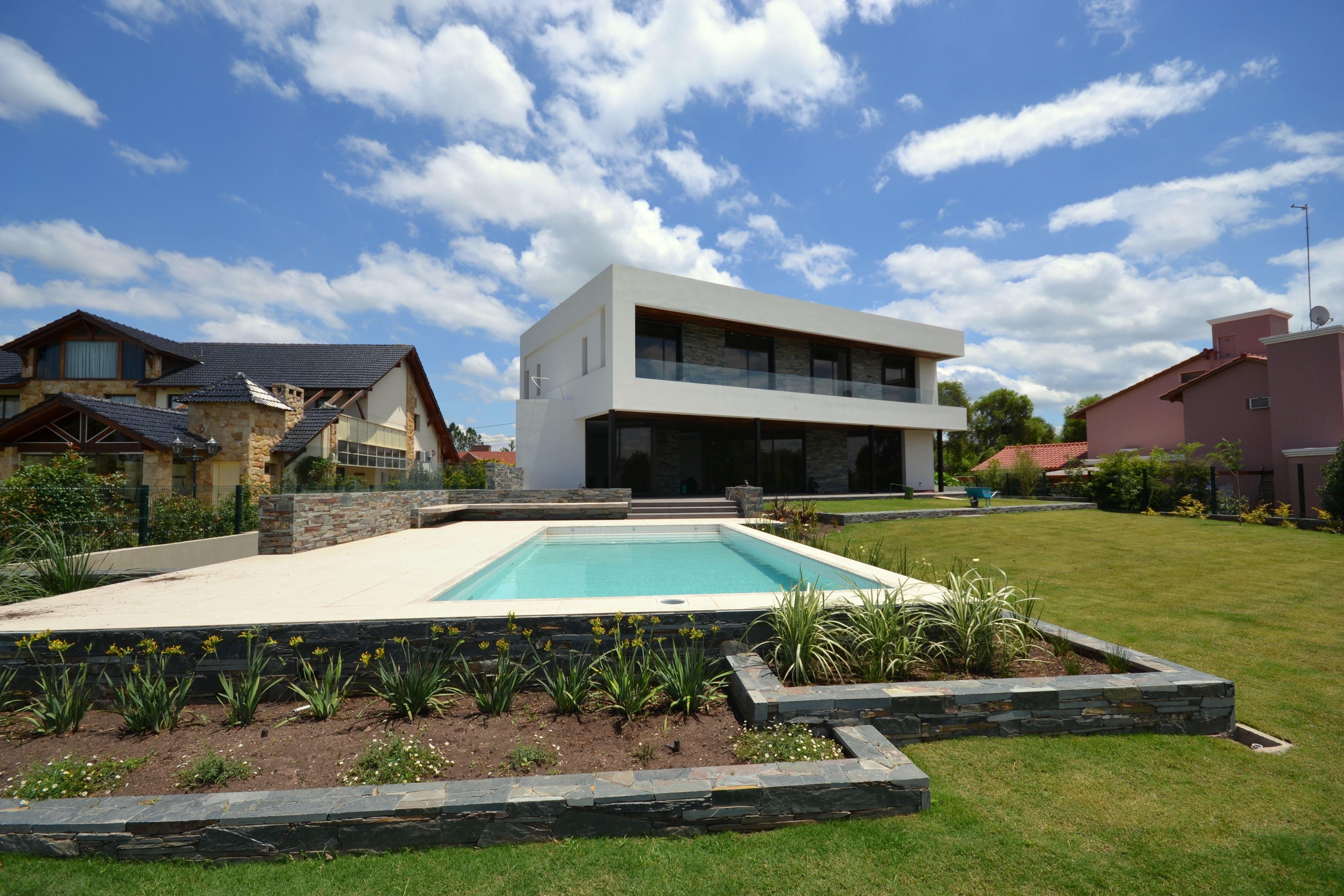 Piscinas arquitectura dise o personalizado cantero for Normativa de diseno de piscinas