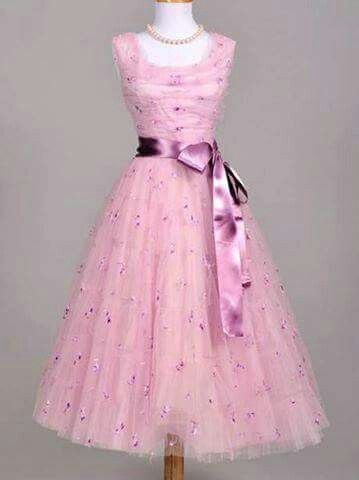 Vintage dress..love it | Vintage Fashion Items | Pinterest | Kleider